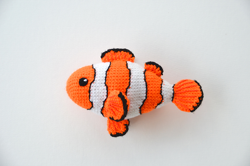 Clown Fish pattern by Jessica Woofter | Crochet fish, Crochet ... | 530x800