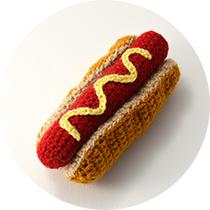 crochet-hotdog