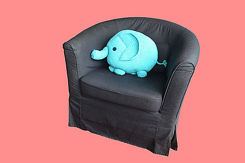 Crochet Elephant Pillow and Rug Pattern Review – Family Bugs ... | 332x500